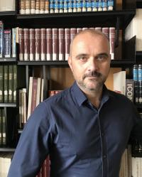 Yannis Munro,  BPC, MBACP