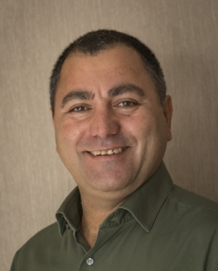 Avi Aharoni MBACP & UKCP Accredited Psychotherapist P.G.Dip in Psychotherapy