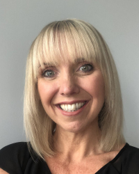 Victoria Molyneux  Counsellor MBACP/ Qualified CBT Therapist
