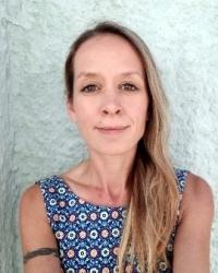 Hannah Raine-Smith- Psychotherapist + EMDR Practitioner BSc, PG dip, MBACP