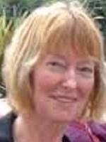 Joan Kelly MA MBACP (Accred) EMDR Advanced Practitioner. UKRC Reg.