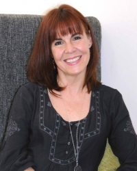 Anita Jane Hood, BA (1st Class Hons) Integrative Counselling MBACP