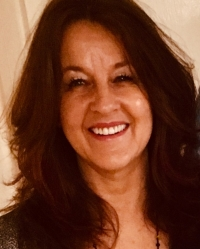 Julie Jeffs, Reg Psychotherapist  & Couples Therapist