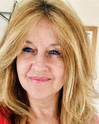 Julie Jeffs, Psychotherapist & EMDR Practitioner