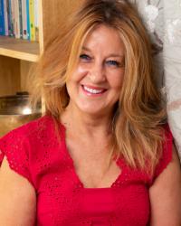 Julie Jeffs, Psychotherapist/ EMDR Practitioner/ Couples Therapist/Supervisor.