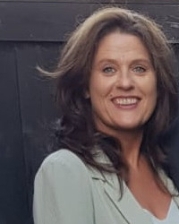 Corina Mackie Reg MBACP  Counsellor & Psychotherapist.