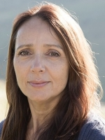 Philippa Vafadari (BA; MA; MBACP)