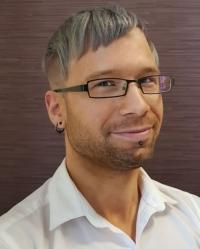 Dannii Richards FdA (MBACP) Integrative Counsellor/Psychotherapist