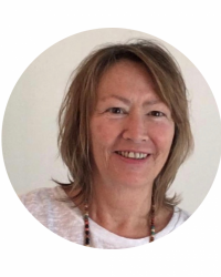 Julie Kuhn - Counsellor, Creative Mindful Practitioner & Wellbeing Coach