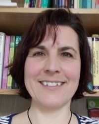 Dr Laura Sanger BSc. DClinPsychol. Master of Narrative Therapy C.Psychol