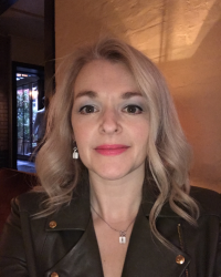 Luisa Savidge MBACP (Accred)