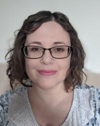 Lindsay McKay (BAHons, PGDip, MSACP)