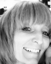Lindsey Schofield RegisteredCounsellor (Adults & Young People)