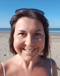 Vicky Procter HCPC registered Art Psychotherapist MA, PGCE, BA Hons