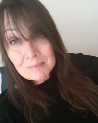 Jo Bird BA (hons) MBACP   Qualified Counsellor/Psychotherapist