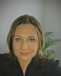Fiona Belfield (BSc hons) MBACP Registered Member
