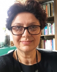 Diana Ivankovic , Integrative Counsellor, MBACP, BSc