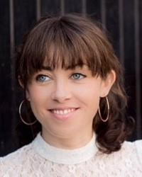 Dr Kimberly Barker