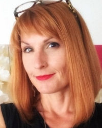 Jen Bellanich, Psychotherapist. BA Psych (Hons), Dip. Psychotherapy, MBACP