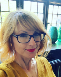 Jen Bellanich - Psychotherapist. MA Psychotherapy & Counselling. MBACP (Accred.)