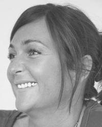 Sarah-Jayne Wakefield  - Adv Dipls. Psych -   UKCP & MBACP