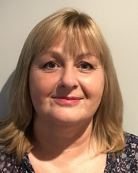 Lindsey Robinson Psychotherapist & Counsellor