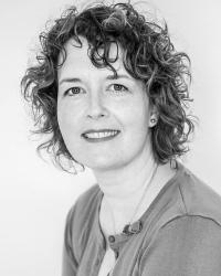 Dr Miriam Inder