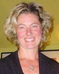Anna Liuba  MA, HCPC - Art Psychotherapist, BAAT Member