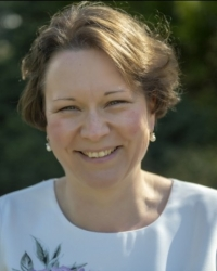 Ramona Haetzer, Dipl Counsellor & Supervisor, MBACP (Accredited)