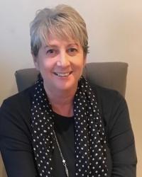 Sandra Willett BABCP accredited