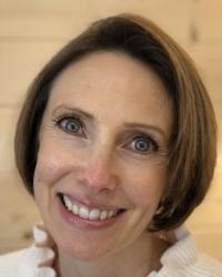 Lizzie Elliott BA(Hons) MBACP Integrative Counsellor/Psychotherapist