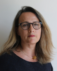Velia Carruthers