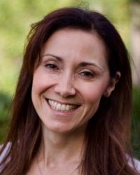 Mimi Bloom, PGDip, MBAC (Registered)
