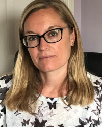 Laura Searles Counsellor - Registered Member MBACP (Accred)