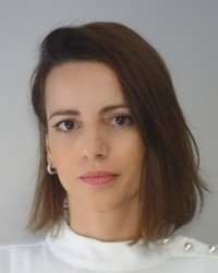 Giulia Sciannandrone, CBT Psychotherapist, EMDR Therapist, BABCP Accredited.