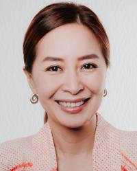 Sarinrat Thomas MA Psychotherapy & Counselling PGDip Dramatherapy HCPC regd