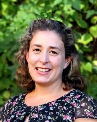 Dr Emma Stevens, DClinPsych, CPsychol