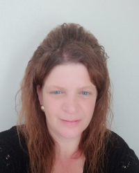 Victoria Crossland (Vicky)   integrative counsellor dip MBACP