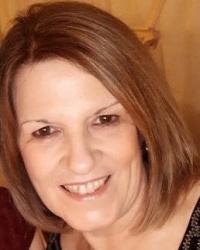 Siobhan Kemp (Geraldine)