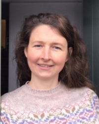 Sophie Rogers MA, BA, Dance Movement Psychotherapist & Trainee supervisor