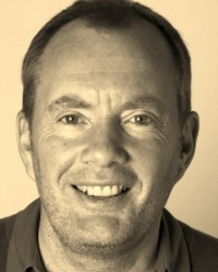 Sean Lowden - Counsellor/Psychotherapist. Reg. MBACP (Accred). BA (Hons).