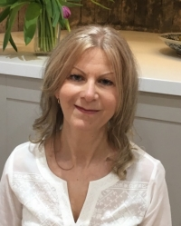 Lynn Palethorpe - Counsellor, IFS Therapist, Supervisor, Lecturer