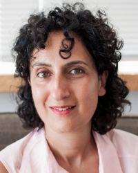 Sonia T Piergiovanni MBACP, Counsellor and Psychotherapist, BA (hons); TC-L4