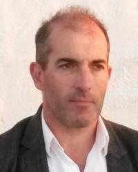 Dr John McDermott; MPsych, MSc, LLB (Hons).
