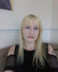 Karen Townsend BA (Hons) Counselling, MBACP (Registered)