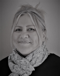 Adriana Cracknell Registered MBACP Counsellor & Supervisor