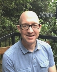 Simon Batty:  Dip. Couns.  Reg. MBACP