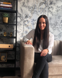 Rebecca Robbins - Psychotherapist MBACP