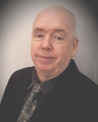 Robin McCarthy Art Psychotherapist pg. art psychotherapy. HCPC reg and BAAT.