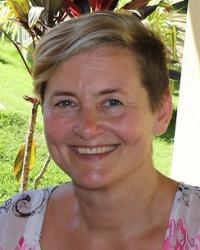 Ingrid Vienings MBACP, B Soc Sci, Diploma in Ceramics